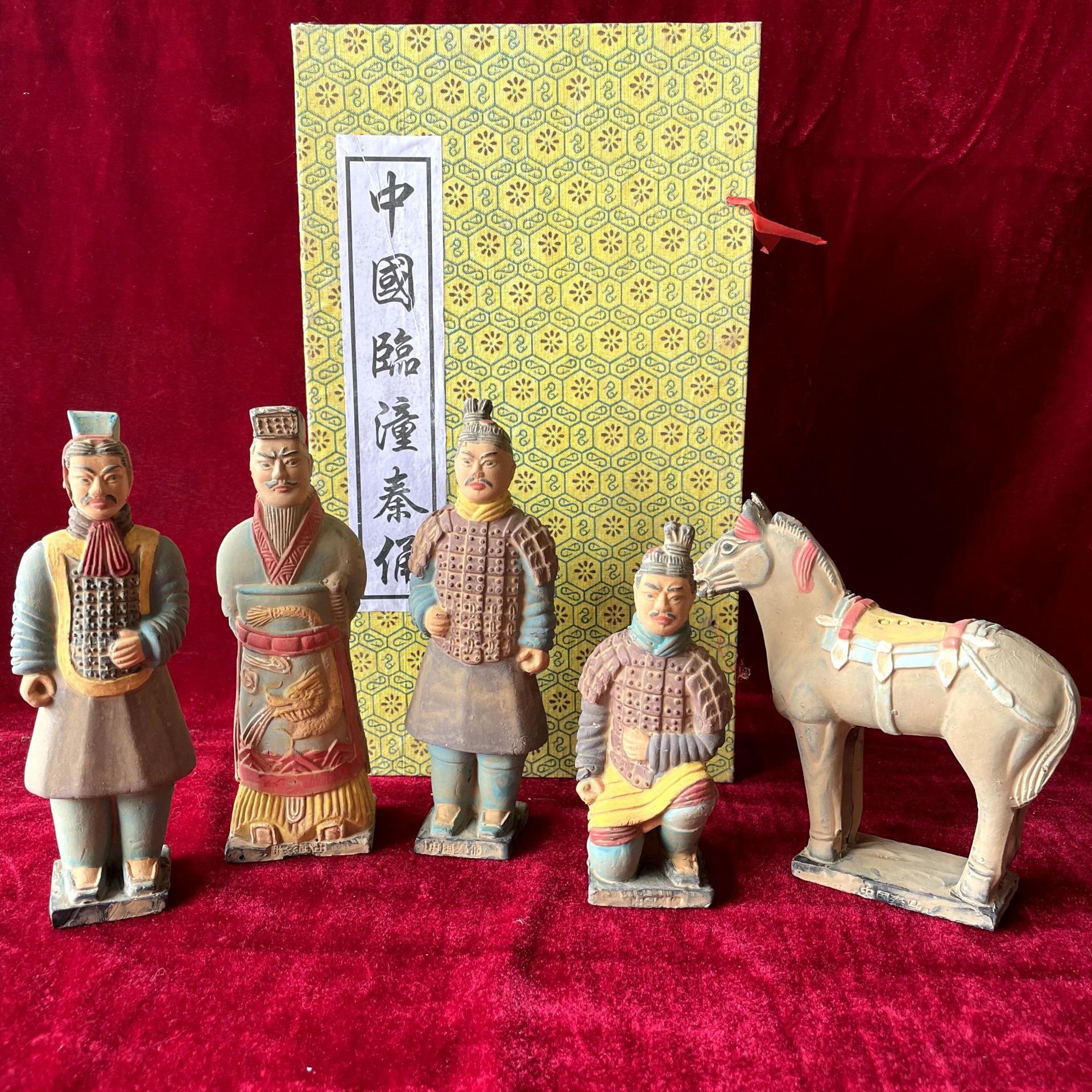 兵马俑五件套盒装10至15cm小俑西安纪念品中国传统工艺品原创设计厂家直警察们很有纪律销